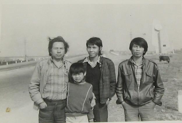 Từ trái sang, Bùi Minh Quốc (1) Tiêu Dao Bảo Cự (3)