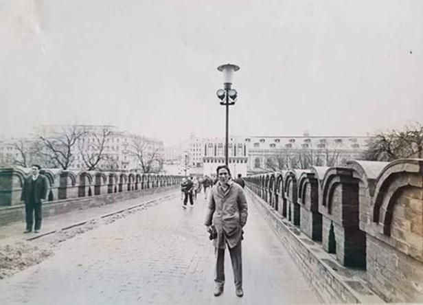 Tác giả trên cầu Mátxcơva (1991)