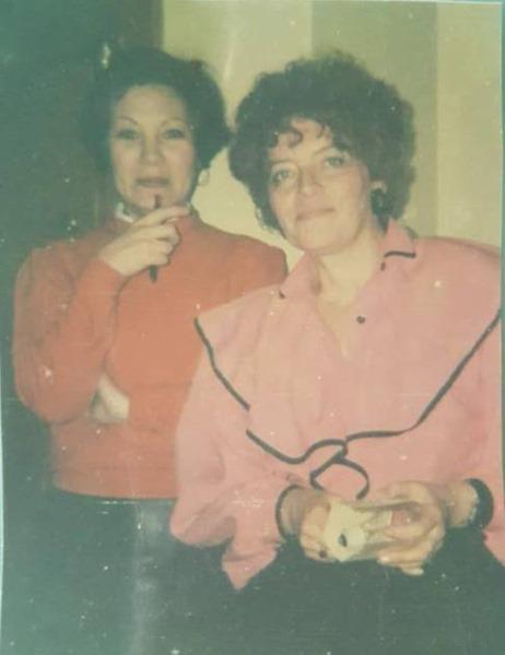Irina (phải) và Tanhia (1991) (Ảnh LPK)