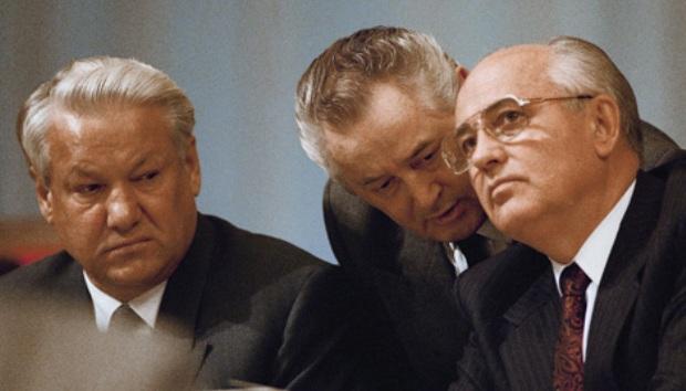 Boris Enxin và Mikhail Gorbachev