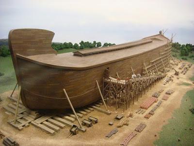 Mô hình con tàu Nô-ê bằng kích thước thực đúng như mô tả được các nhà khoa học dựng nên.